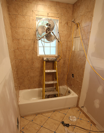 Interior design gallery diy bathroom for Do it yourself bathroom remodel