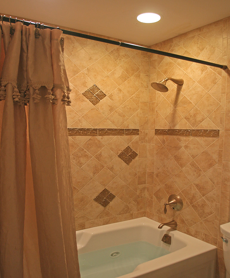 glass tile accent bathroom remodel burke fairfax - Tile Bathroom Designs