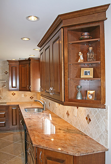with tumbled marble back splash