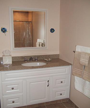 brown granite countertop picture