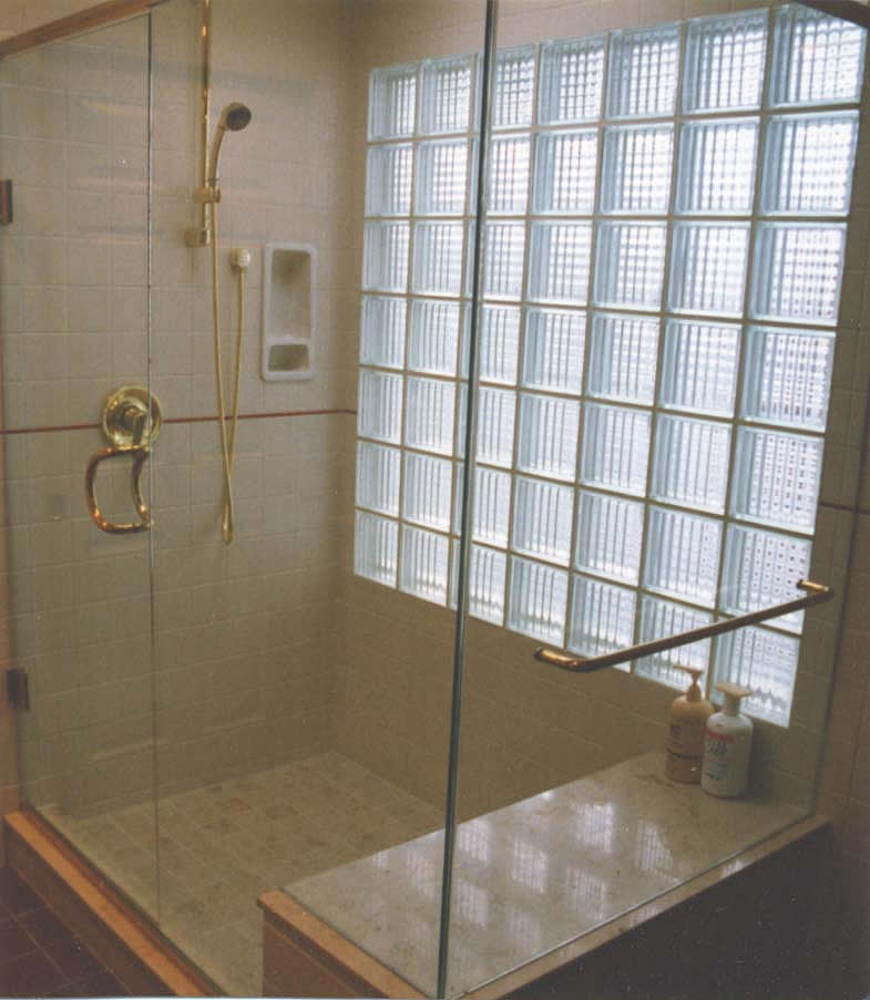 I 39 m looking for pictures of the best looking bathrooms - Glass bricks designs walls ...