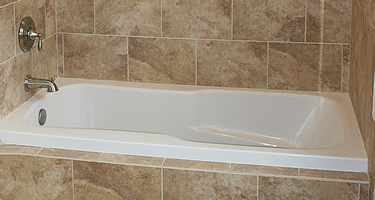 have used and alcove tub an alcove tub has the proper edge to