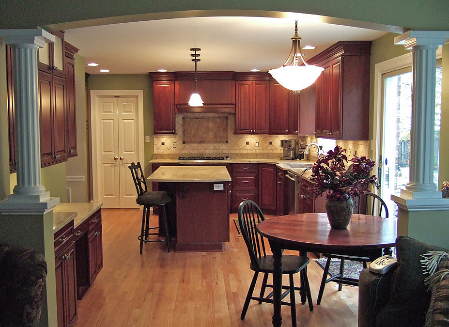 Fairfax Virginia kitchen remodel with wall removal between family