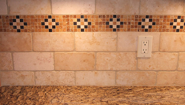 Tiled Backsplash Accent Border. Kitchen Counter Tile ...